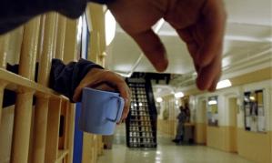 Hands of a prisoner, Brixton jail